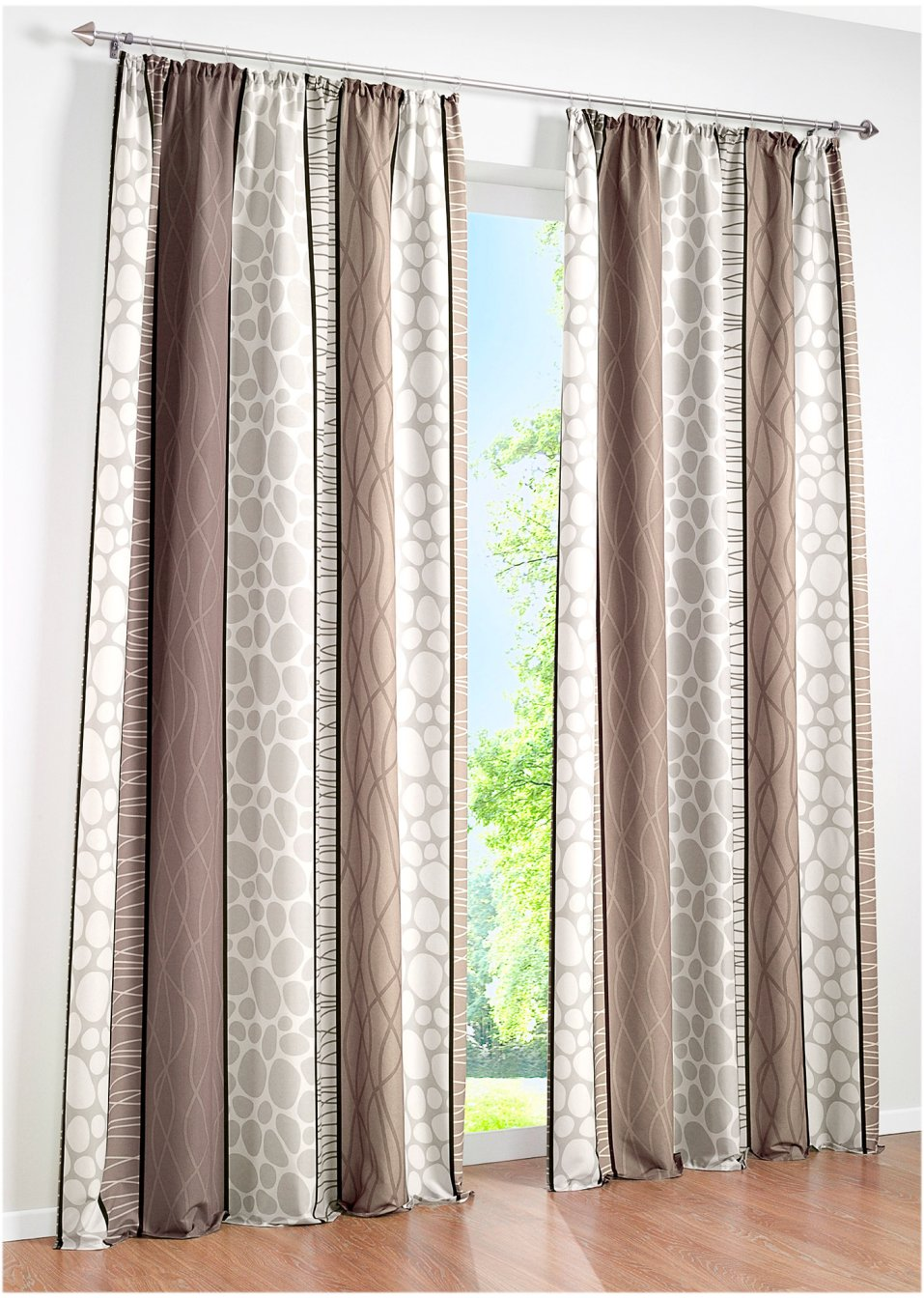 sch nes und zeitloses design mit dem bedruckten vorhang. Black Bedroom Furniture Sets. Home Design Ideas